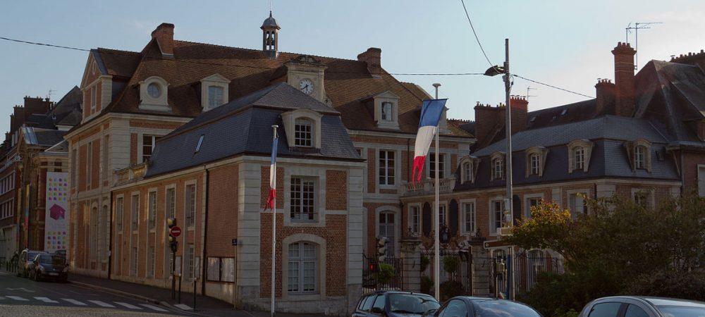 Le territoire association cap lisieux for Piscine lisieux